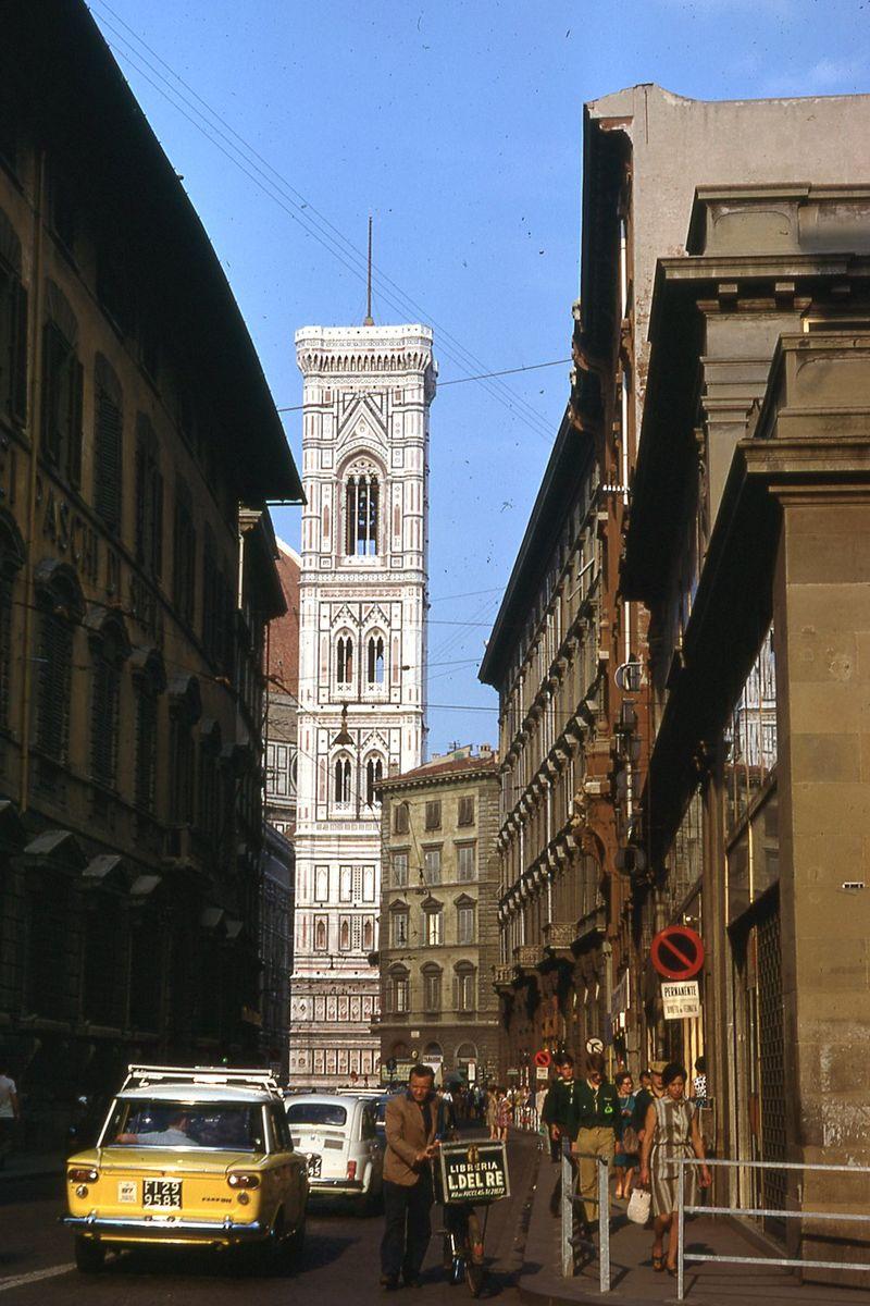 Italy 1968341